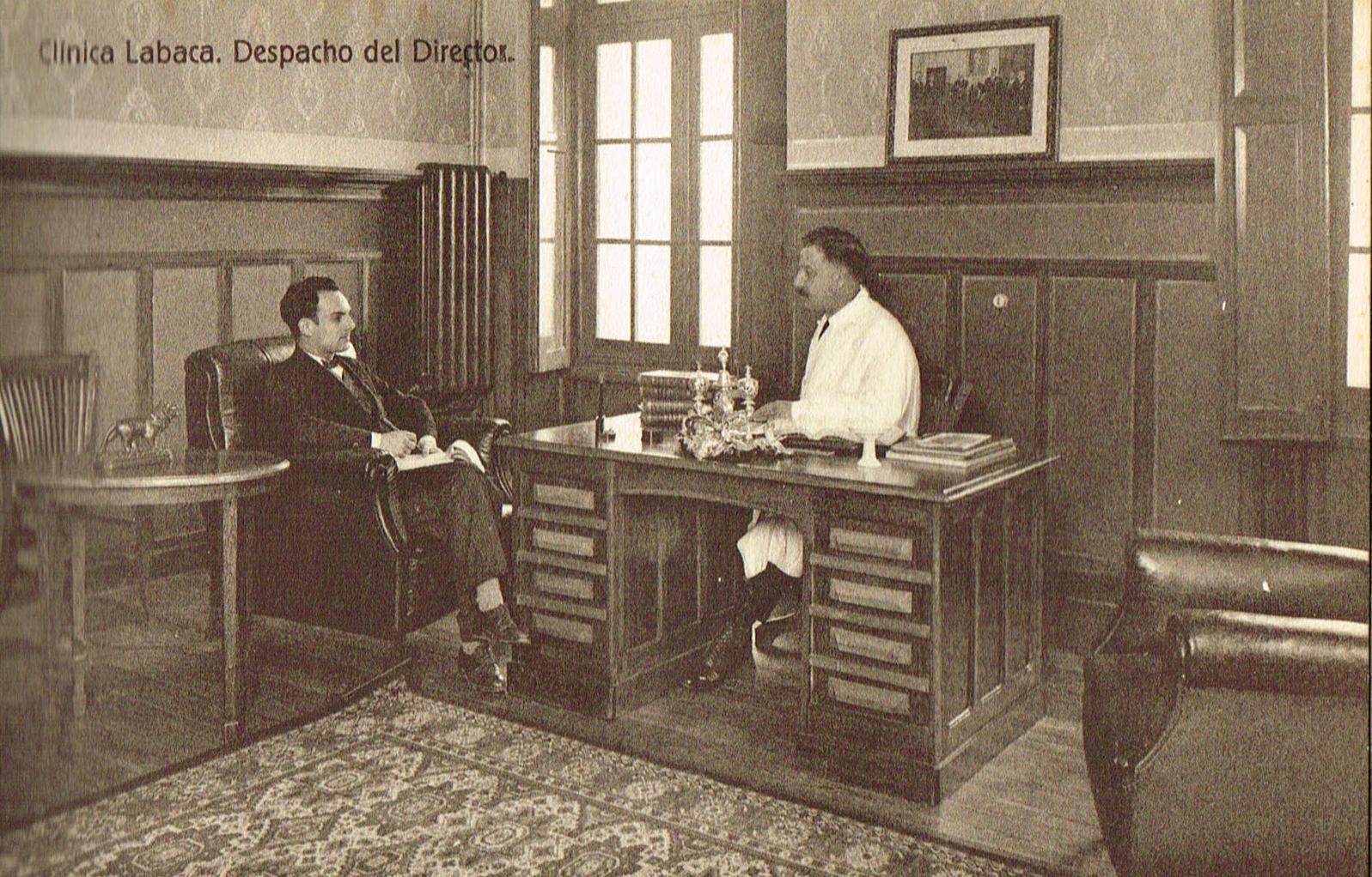 Clínica Labaca, despacho del director