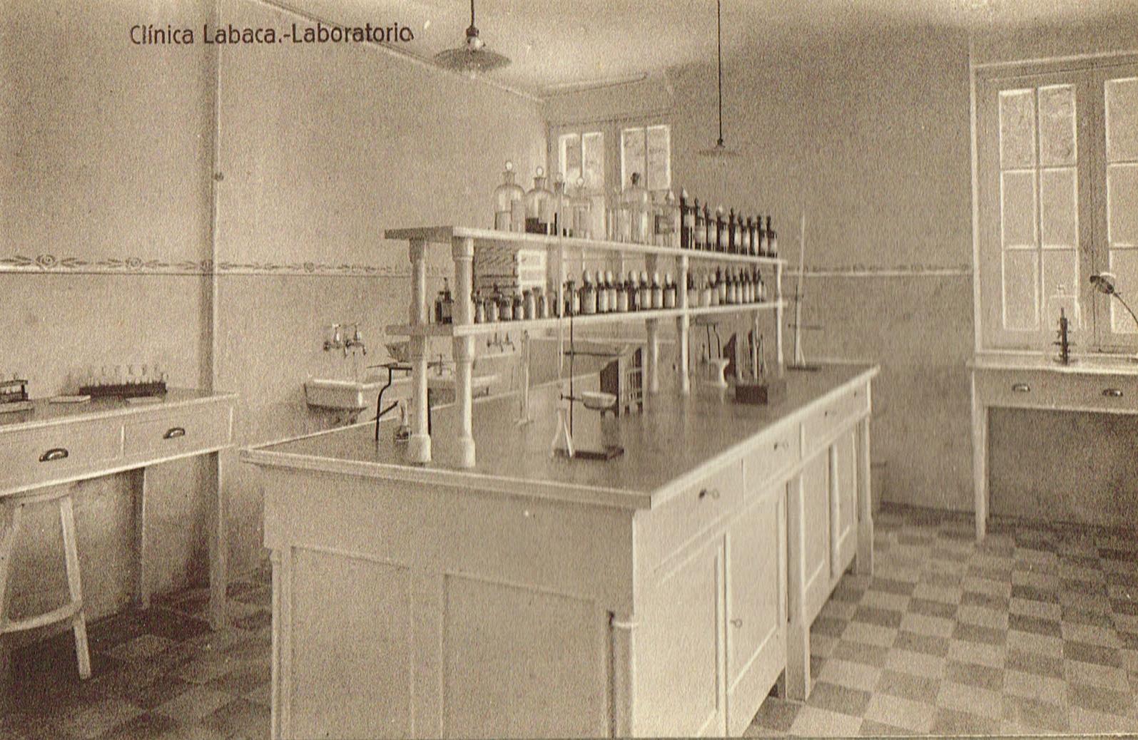 Clínica Labaca, laboratorio