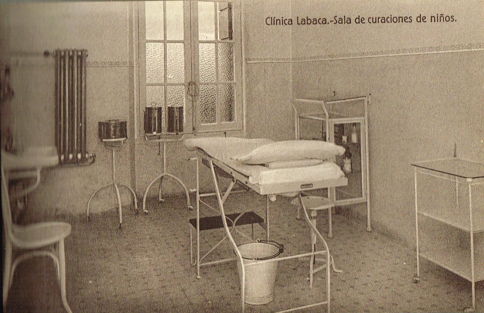 Clínica Labaca, sala de curaciones de niños